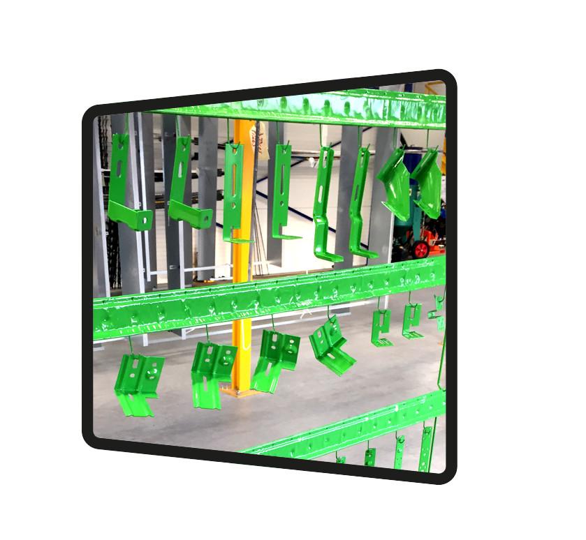 peinture verte claire sur piece acier