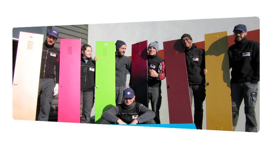 equipe qualicolor thermolaquage 17 surlaquage porte casiers vestiaire