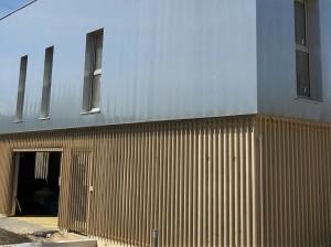 batiment  socle  résidence  garde  corps  peinture  sur  galva  couleur  gold  naturel.17