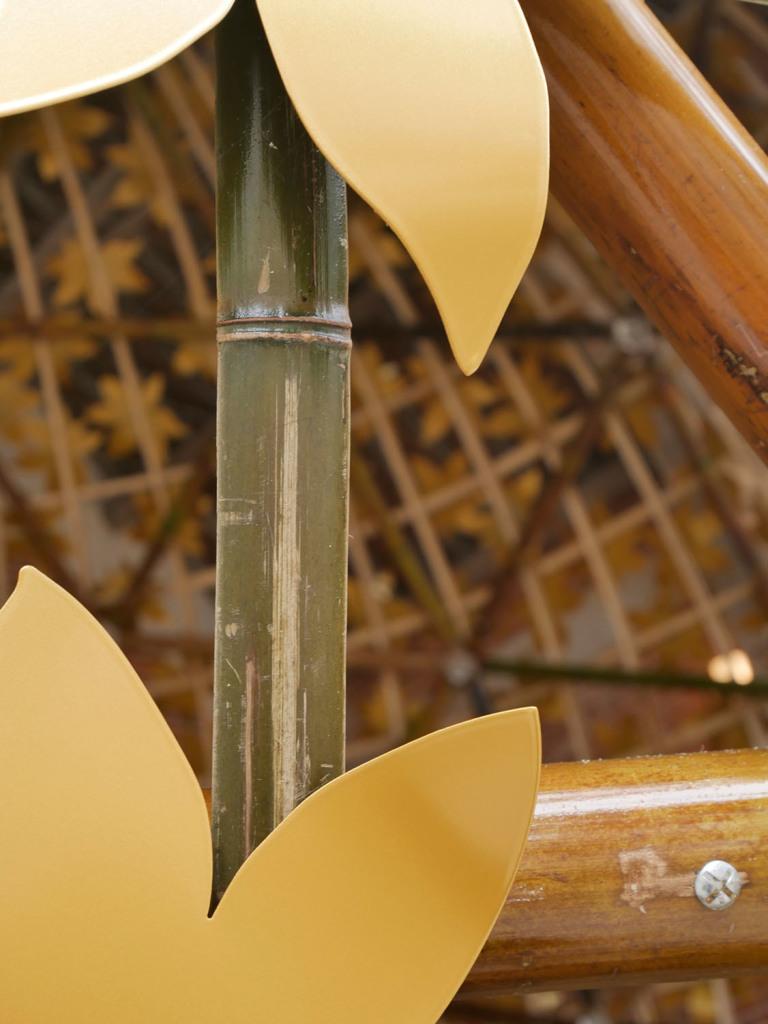 Thermolaquage epoxy teinte or dorée gold golden 16 17 79 33 sphère PINTER DOMAINE CHAUMONT SUR LOIRE