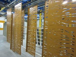 tole aluminium decoupee couleur or doree brise vue garde corps habillage facade la rochelle