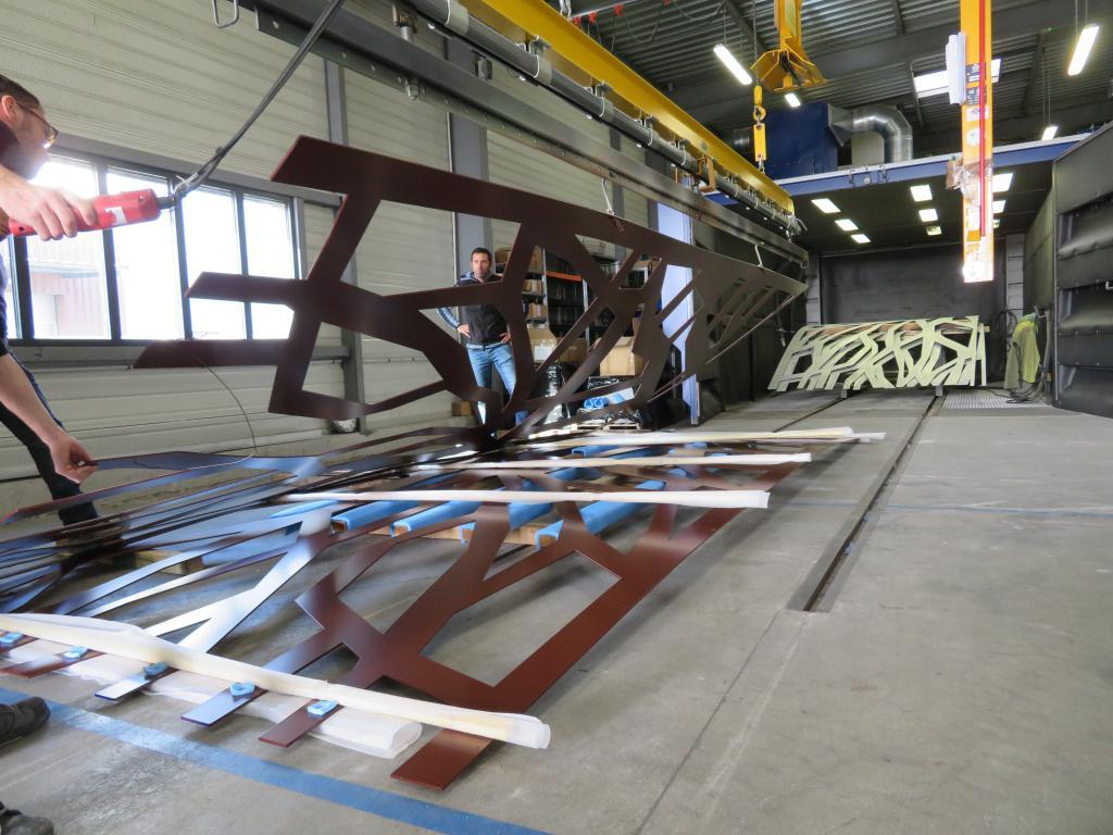 7-atelier-thermolaquage-grenaillage-la-rochelle-grandes-pieces