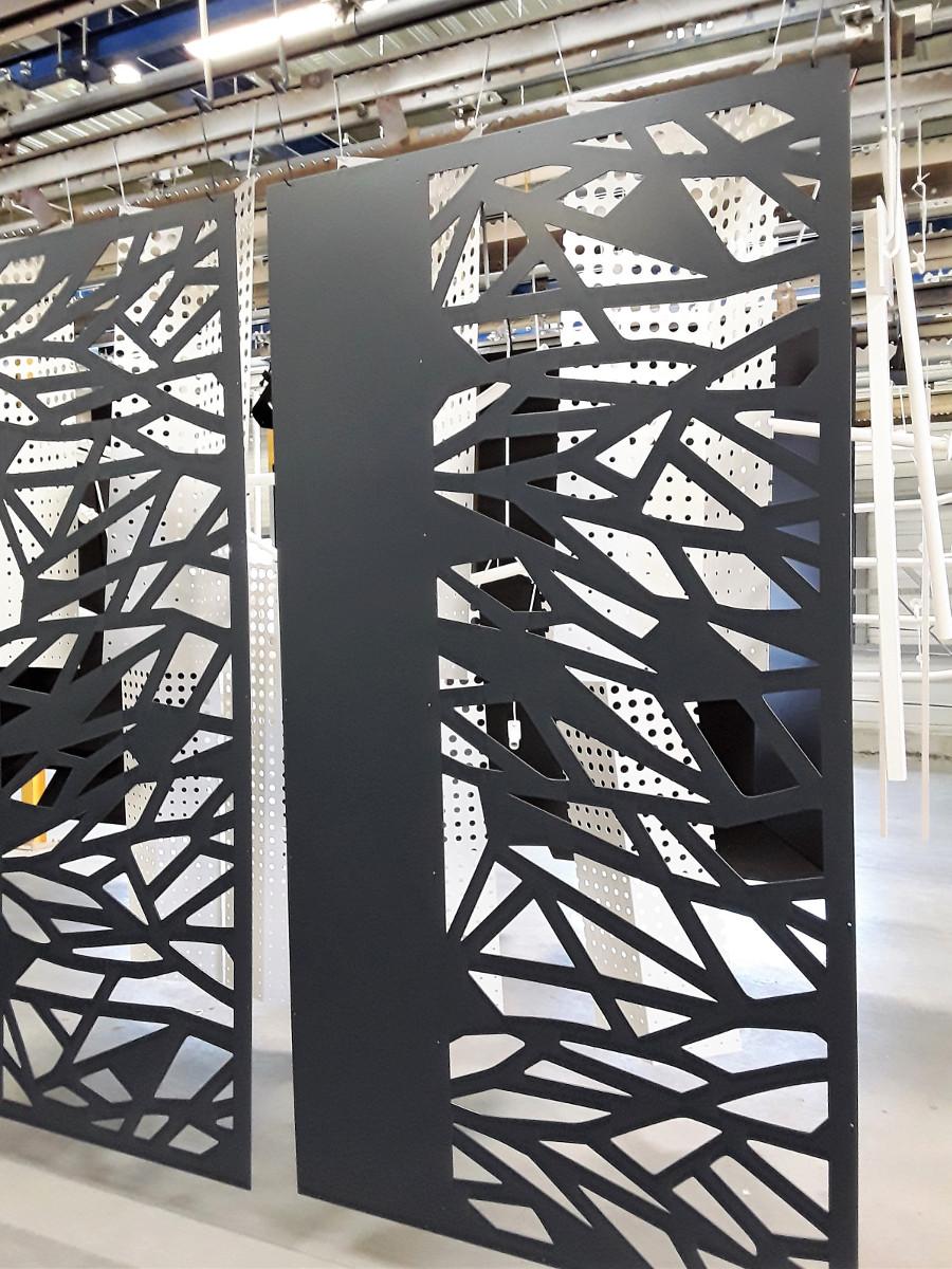 tole serrurerie laser decoration portail motif branche portail peindre epoxy gris 17