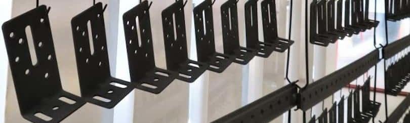 thermolaquage peinture fixations pieces industrielles acier alu galva serie 16 17 79 85 33 17